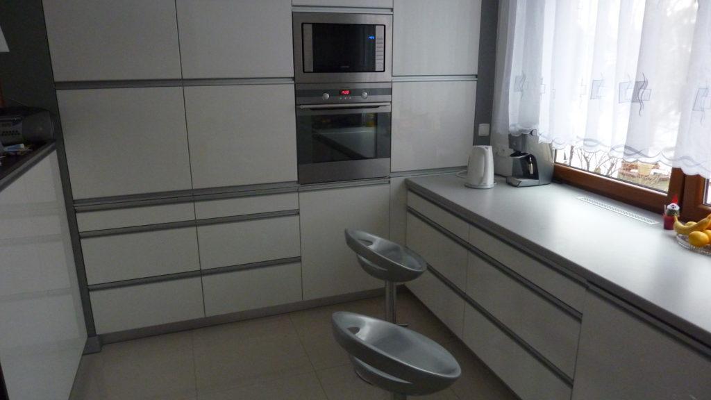 Kuchnia w domku jednorodzinnym.